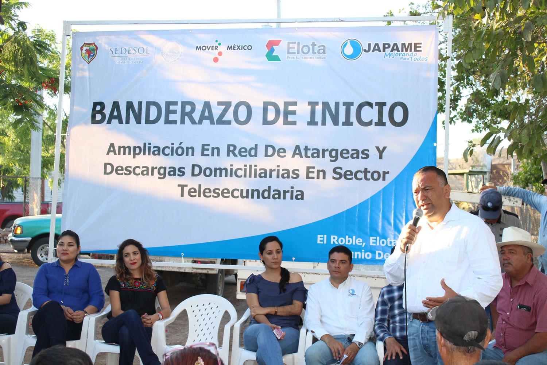 Autoridades municipales dan el banderazo para el inicio la ampliación de red de atarjeas y descargas domiciliarias en El Roble