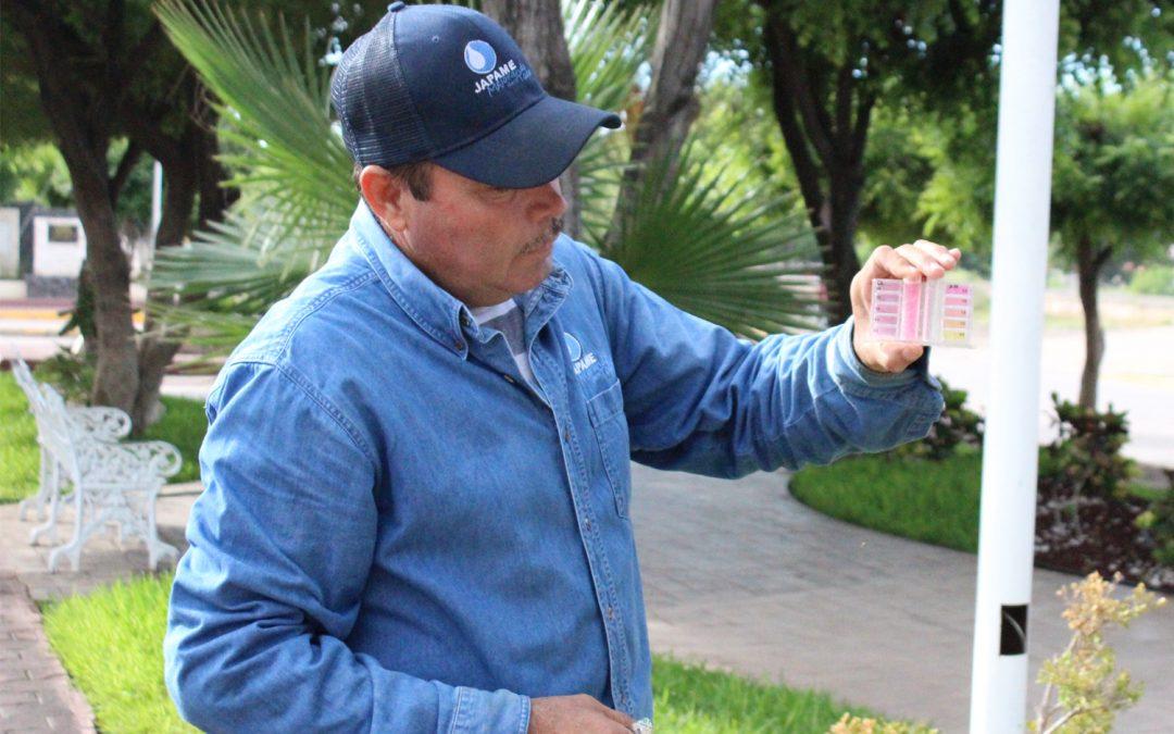 Personal de Japame efectúa monitoreos de cloro residual a fin de prevenir problemas de salud por el consumo de agua no tratada