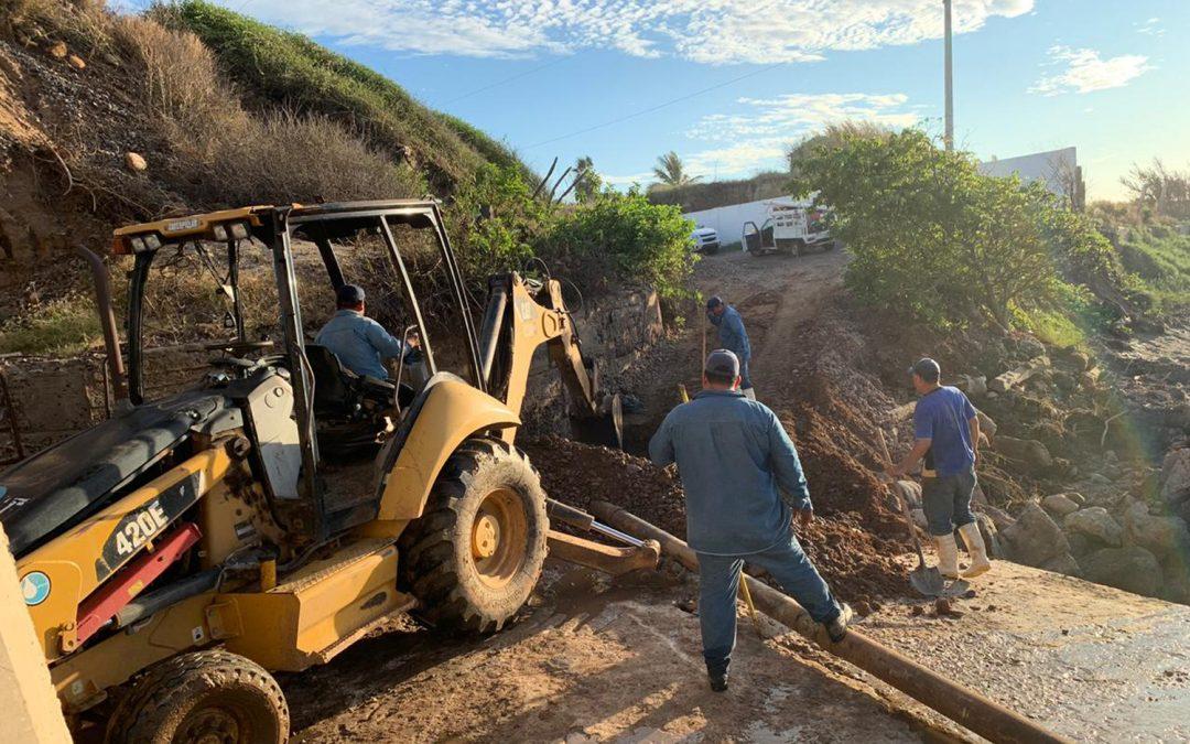 Efectúa Japame trabajos de rehabilitación de línea de conducción de agua potable en Celestino Gazca