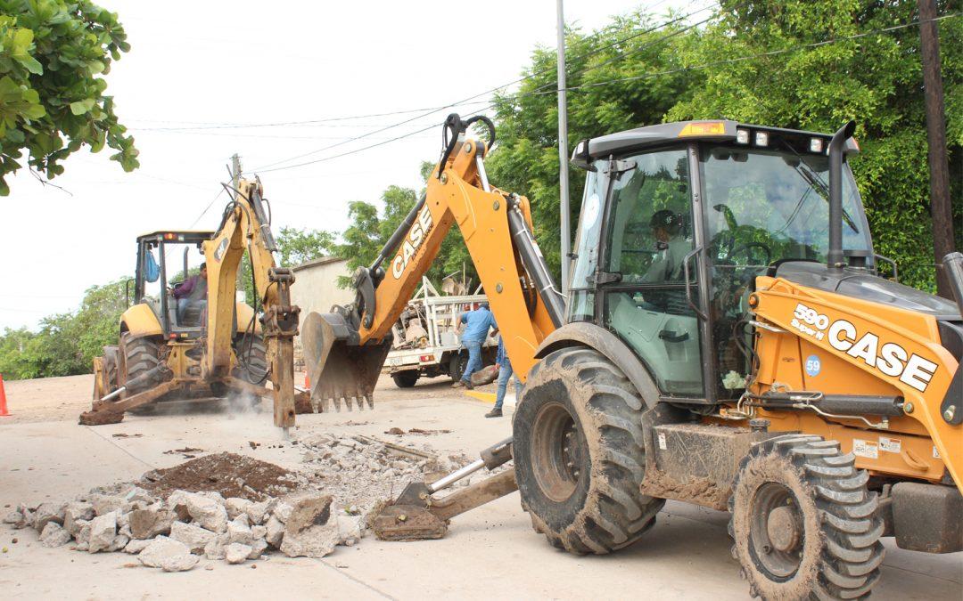 Atiende Japame diversos problemas en la red de agua potable y alcantarillado sanitario de La Cruz