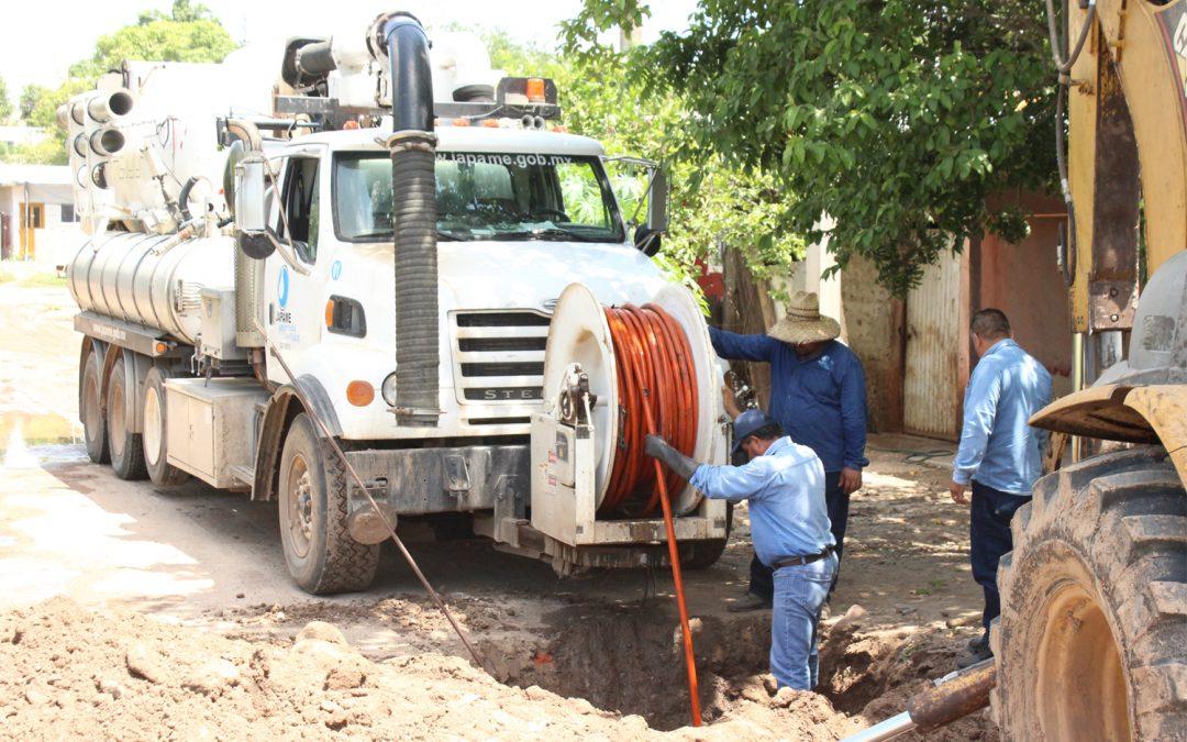 Atiende Japame diversos problemas en la red de agua potable y alcantarillado sanitario de La Cruz y Potrerillos del Norote