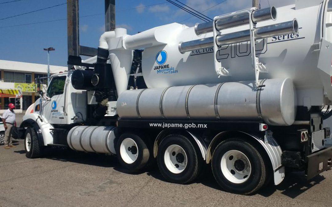Inicia operaciones camión vactor en zonas con mayor problemática de drenajes azolvados en La Cruz